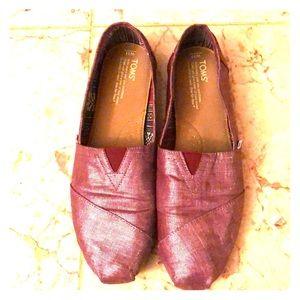 Metallic pink toms shoes